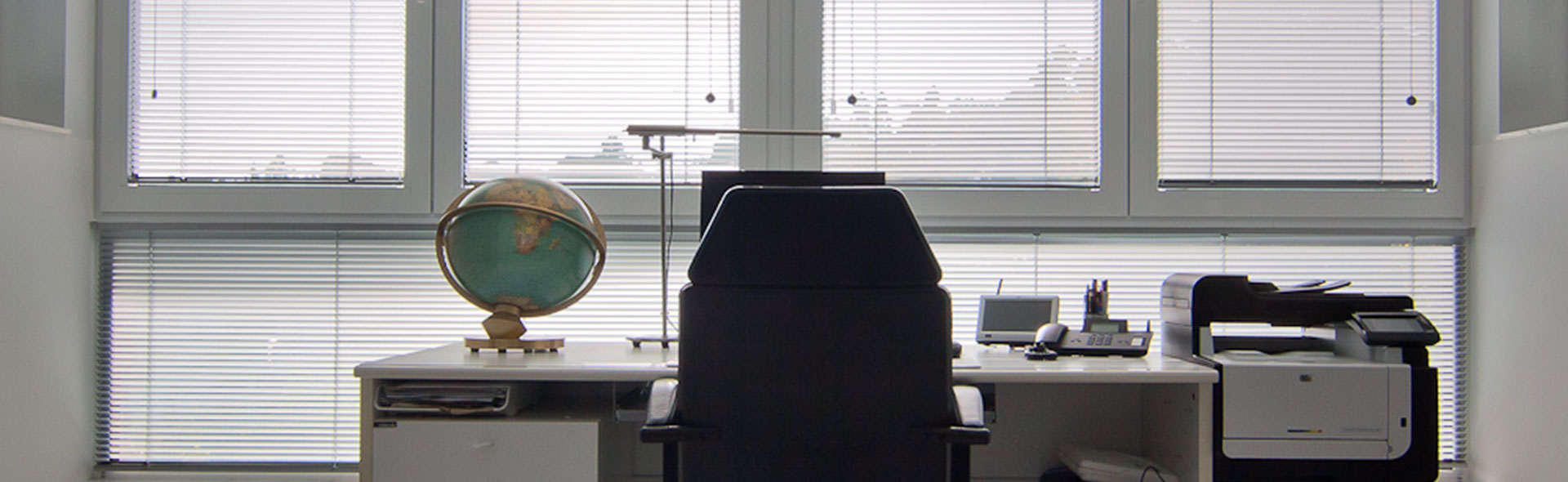 balkon zu wintergarten umbau im 6 stock stuttgart. Black Bedroom Furniture Sets. Home Design Ideas