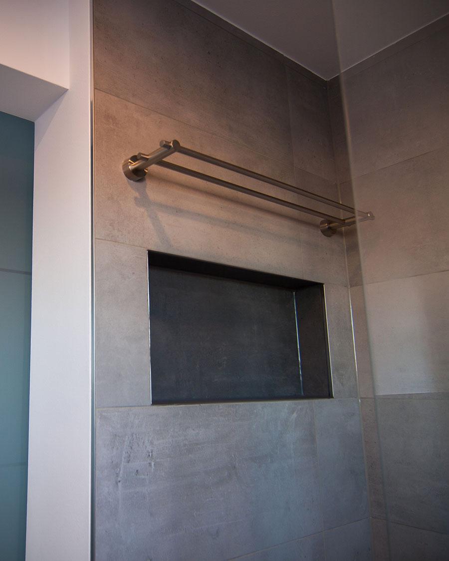 Badezimmerwand